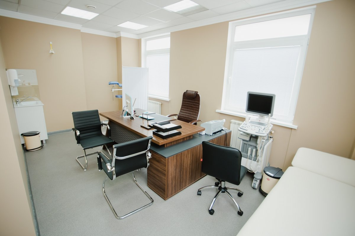 Кабинет врача (цистоскопия) в клинике мужского здоровья